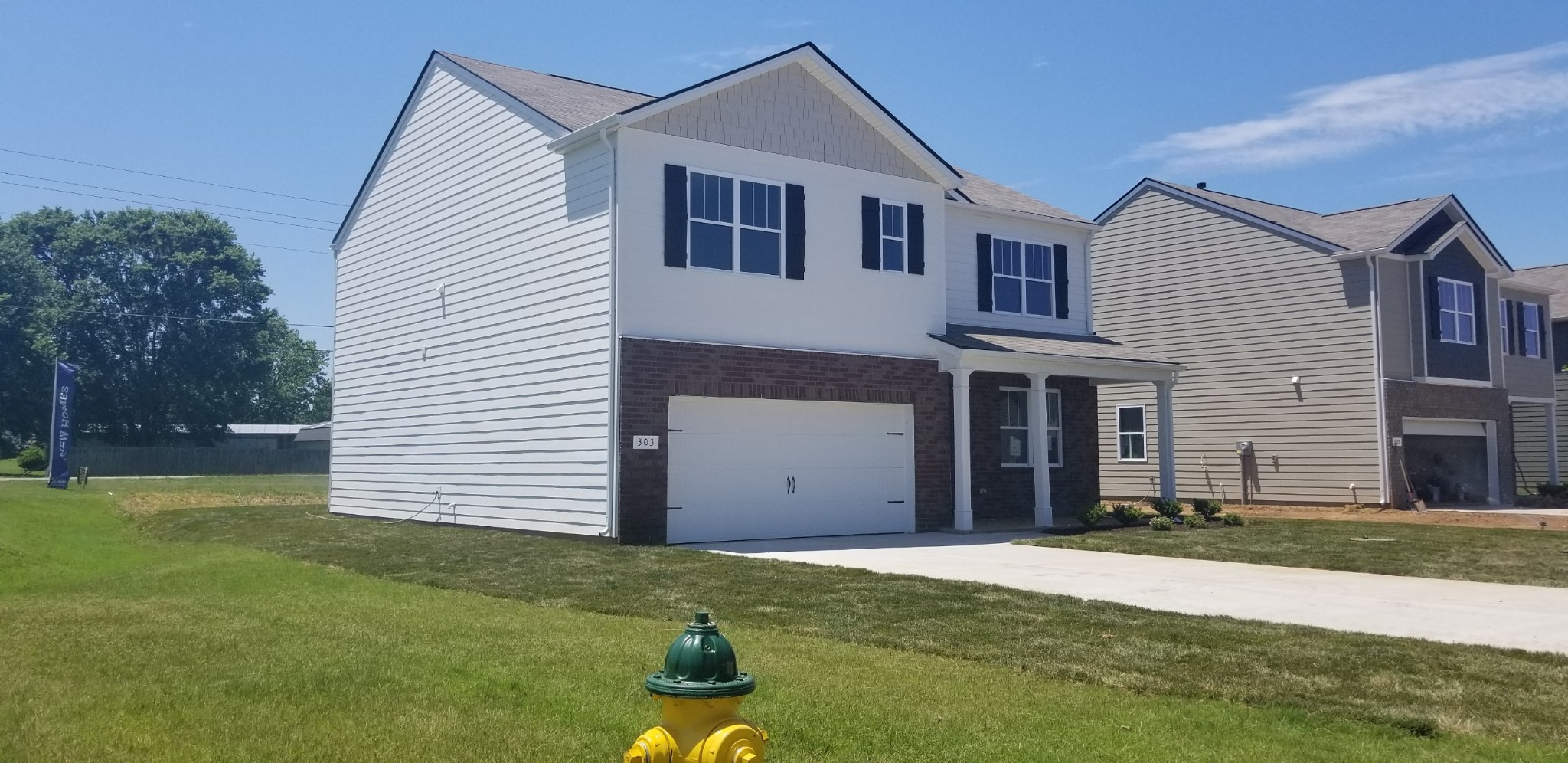 Location qualifies for USDA $0 down loan (closing cost apply, builder incentive 5k toward cc w/DHI Mortgage) Aria-3/2, Open floor plan, 9' ceilings, lots of natural light & spaceous. Gas appliances, underground utilites, amenities center up and ready for use. 5 Minutes to 840, 15 minutes to Nissan & VA. Country Setting.