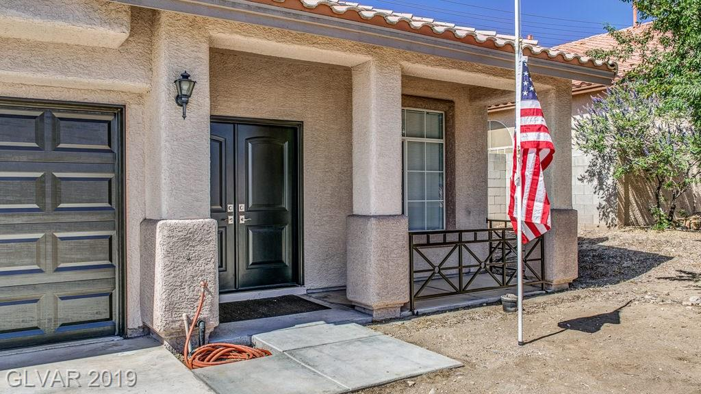 GORGOUS 2 STORY 5 BEDROOM HOME WITH NO HOA ~ FANTASTIC TILE & LAMINATE FLOORING ~ NICE OPEN KITCHEN W/ISLAND ~ GAS FIREPLACE IN FAMILY ROOM ~ RELAX IN THE POOL AND LET YOUR IMAGINATION GO WILD WITH THE BACK YARD ~ DON'T MISS OUT ON THIS ONE~