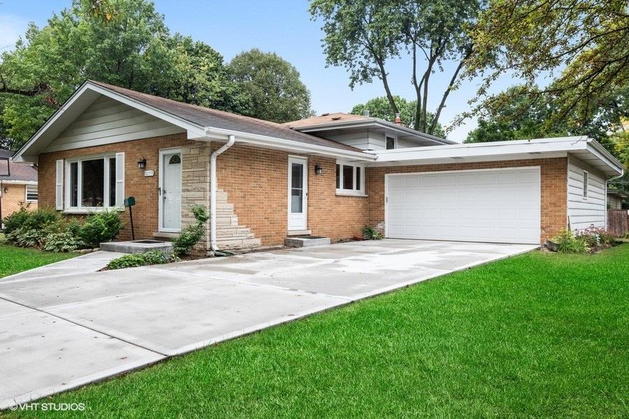 1149 Jane Avenue, Naperville, IL 60540