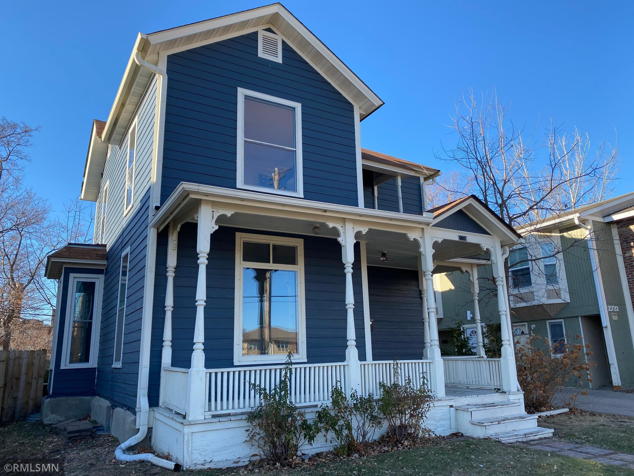 3 bedroom, 1.5 bath home located in Minneapolis. This home includes a large open front porch, spacious rooms and a fair sized lot. Located near shopping, restaurants and much more!