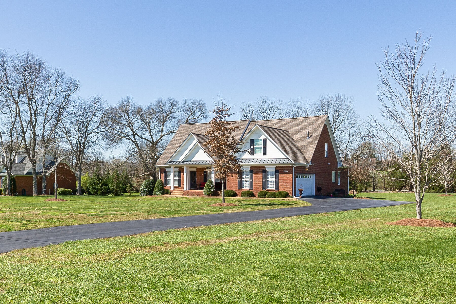All brick home on 1 acre, country living with convenience. Close to 840 & Saturn Pkwy to 65, on the west edge of Spring Hill. So many updates its like brand new.  Absolutely move in ready. Just completed in 2021 - 2nd floor - bonus room, office w/closet, full bath & separate HVAC. In 2018 - new and refinished hardwood - 1st floor, new appliances & granite counters in the kitchen. 2019 - New roof & 1st floor HVAC, 2020 - New deck.  All offers will be reviewed by seller on Monday 4/12.