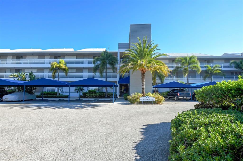 615 Dream Island Road 108, Longboat Key, FL 34228