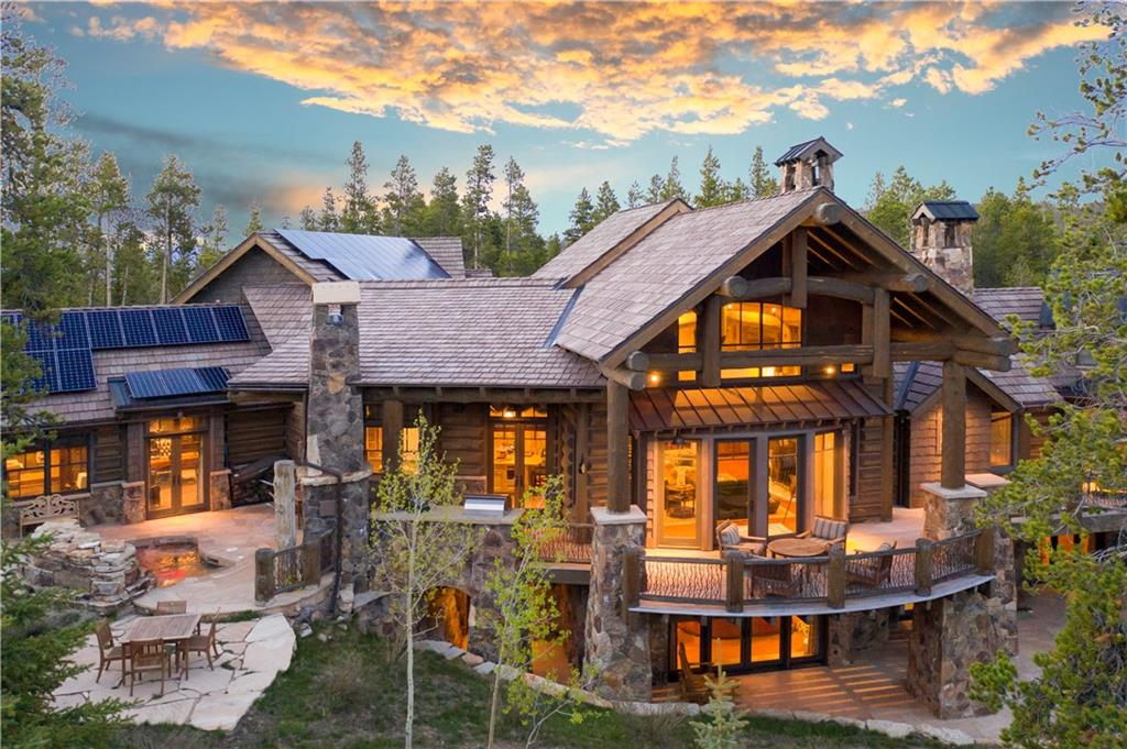 Grand entrance, warm welcome! With its serene & convenient location just steps from the Shock Hill gondola, this mountain masterpiece is a cut above the rest – stunning design, expert craftsmanship, everything you could want in a mountain getaway. Enjoy morning coffee on your south-facing deck as you bask in the sunshine & take in ski area views. This residence proves to be an entertainer's dream boasting a chef's kitchen, theater, wine cellar, elevator, billiards & room for the whole family.