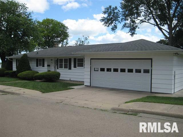 1328 9TH Avenue, Fulton, IL 61252