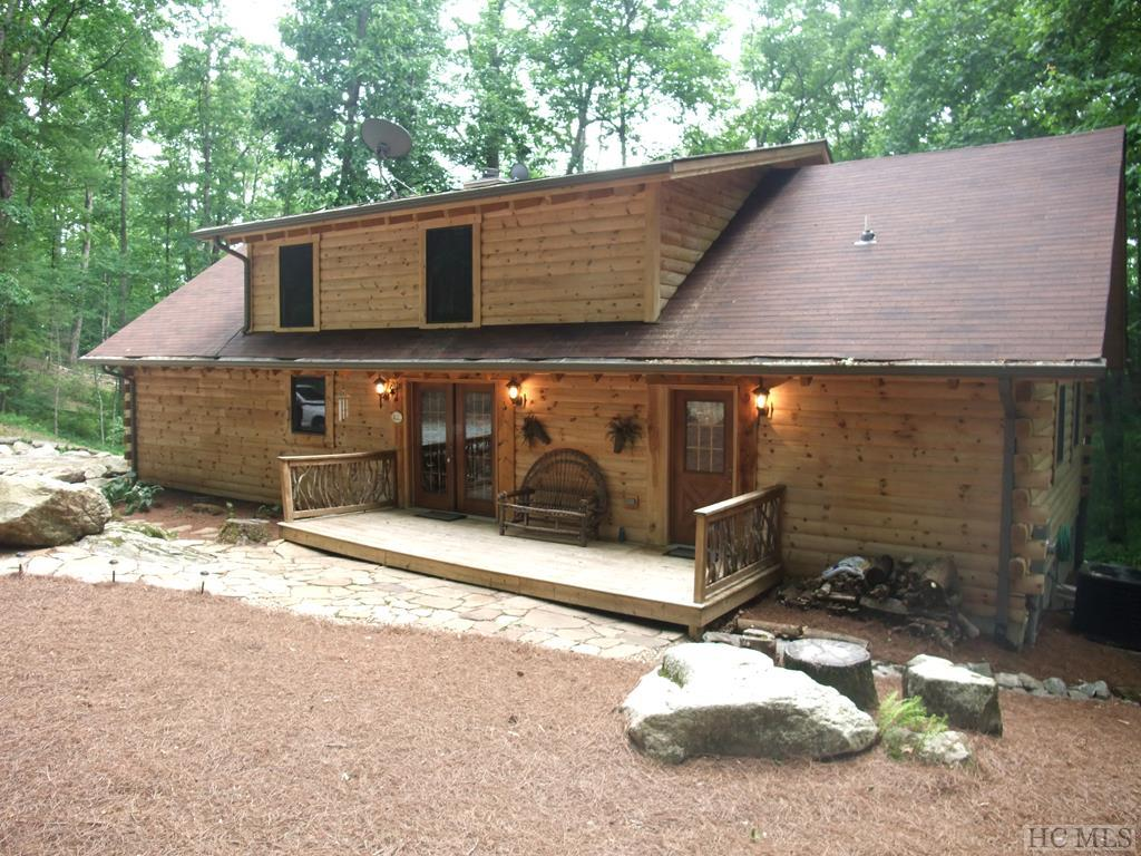 North Carolina Mountain Log Homes for Sale