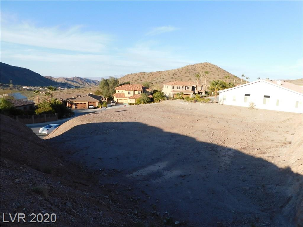 ELEVATED AND GRADED CUSTOM HOME LOT READY TO BUILD, MINUTES FROM LAKE MEAD