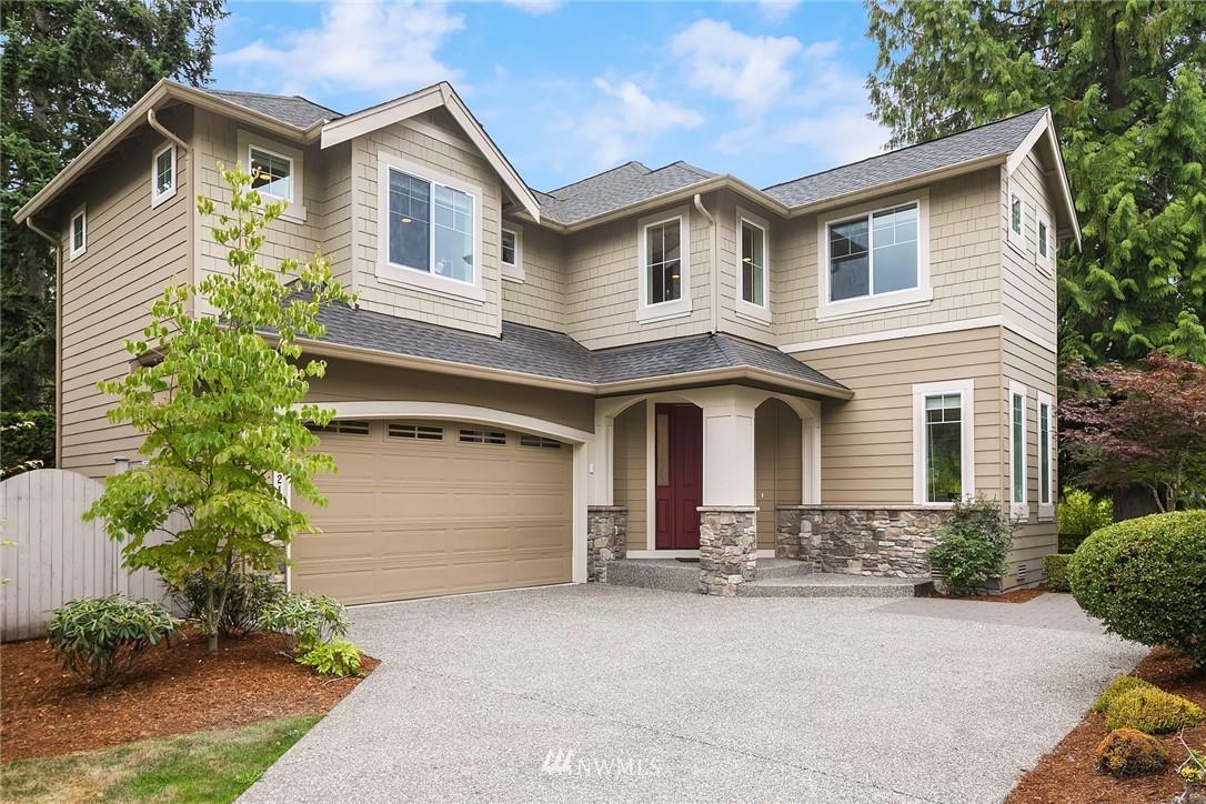 17321 NE 116th Court, Redmond, WA 98052