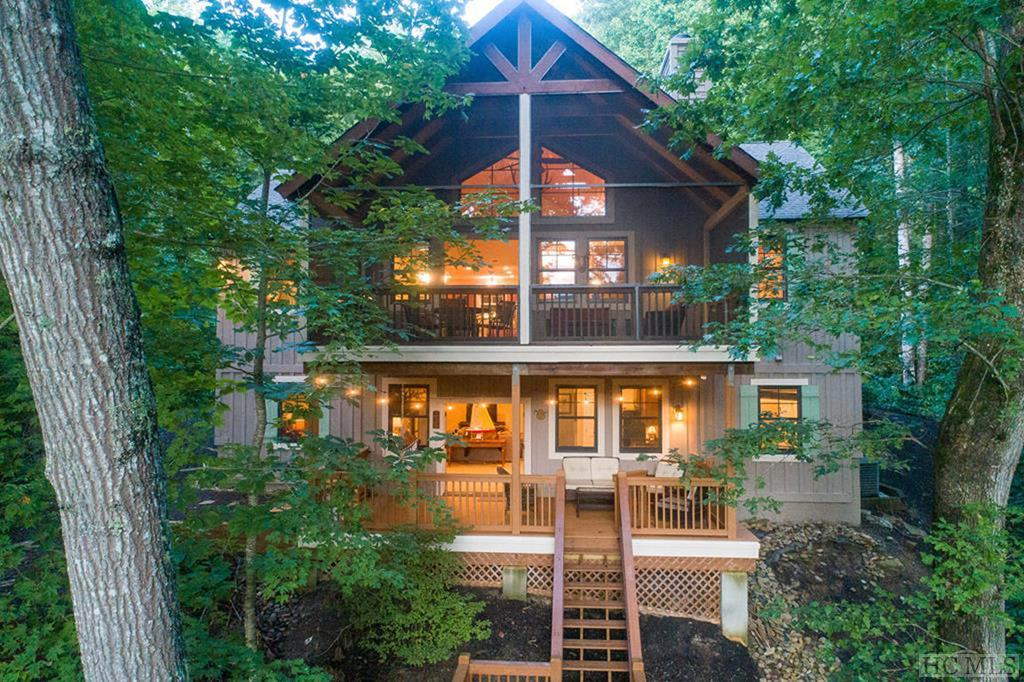 103 Mossycup Court, Tuckasegee, NC 28783