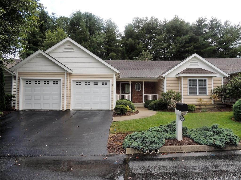 CHARLESTOWN PLACE IS WERE YOU WANT TO BE! GREAT LOCATION SO CONVENIENT TO EVERYTHING HENDERSONVILLE AND FLAT ROCK OFFERS. TWO CAR GARAGE, DECK, SCREENED PORCH. REALLY NICE LOCATION. YOU WILL BE IMPRESSED BY THE LARGE BEDROOMS AND LIVING SPACES. 