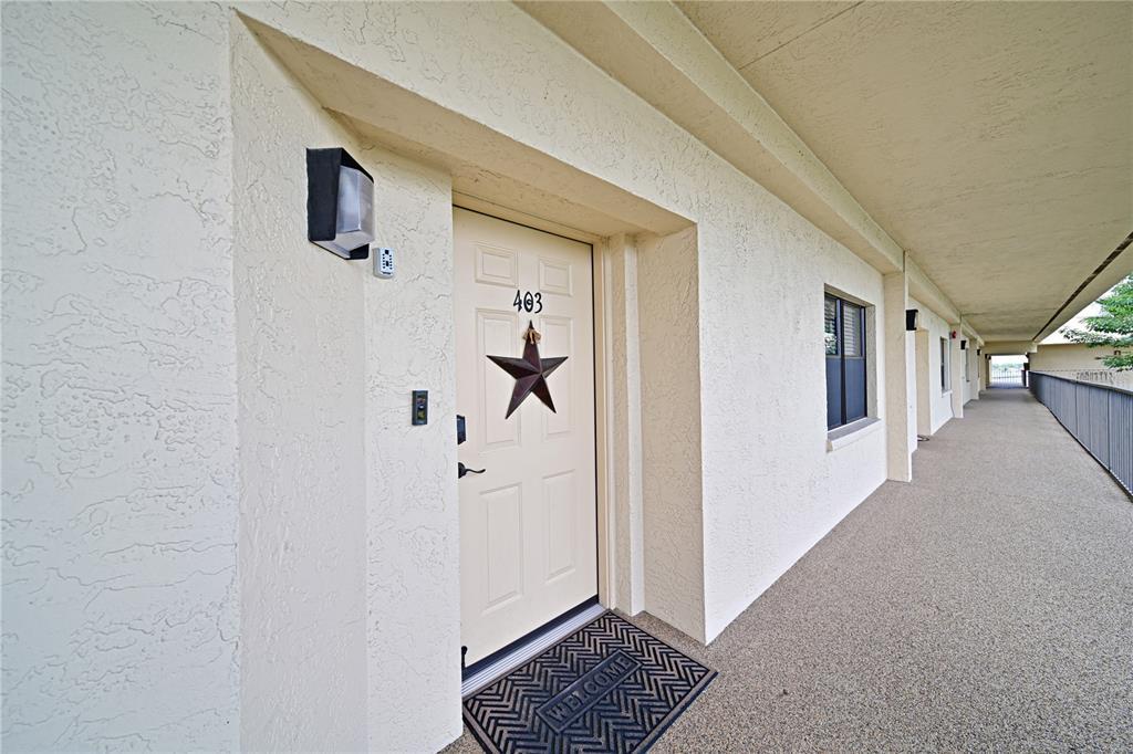 204 3Rd Street W 403, Bradenton, FL 34205