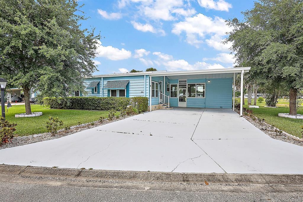 2111 Canopy Circle 139, Zellwood, FL 32798