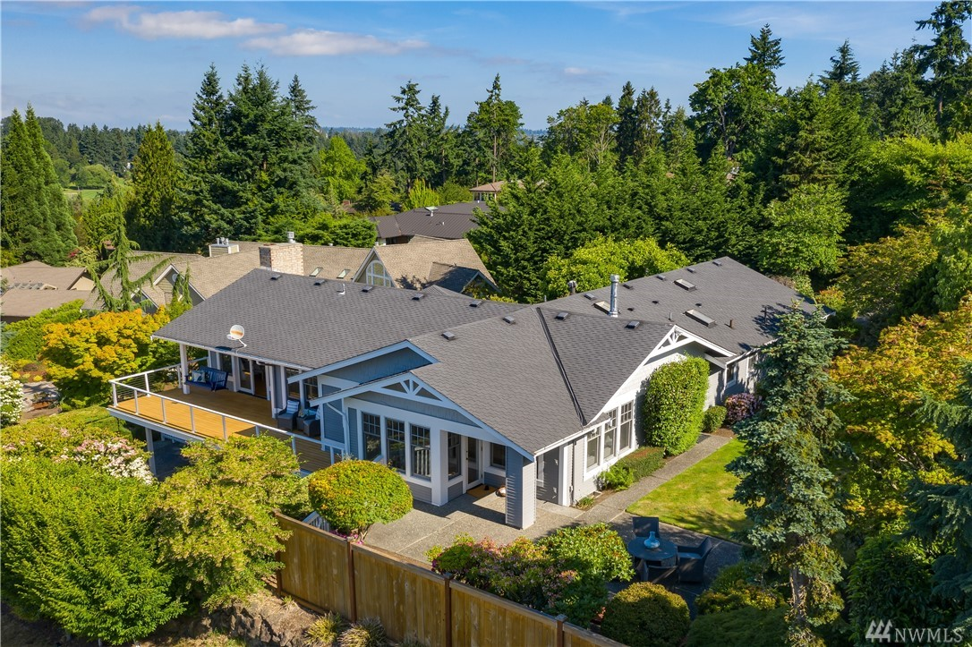 8644 17th Place, Clyde Hill, WA 98004