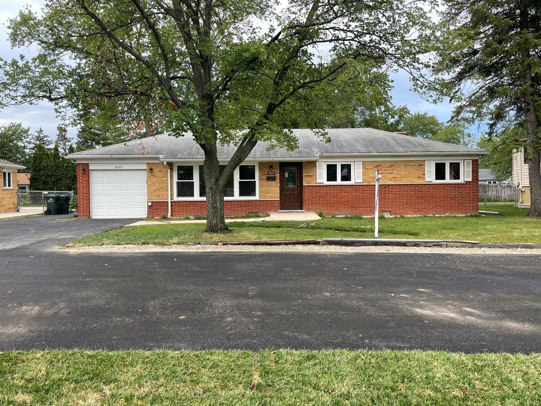 3826 Glenview Road, Glenview, IL 60025