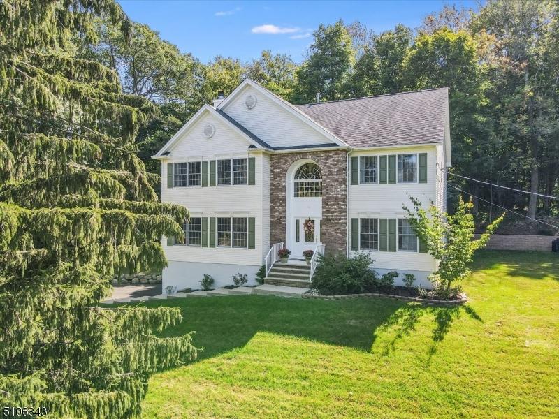 66 Evergreen Pkwy, Mount Olive Twp., NJ 07828