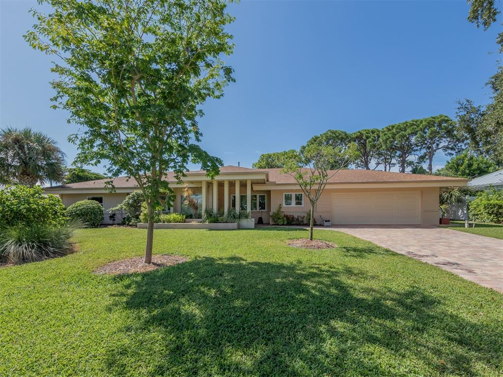 425 Alhambra Road, Venice, FL 34285