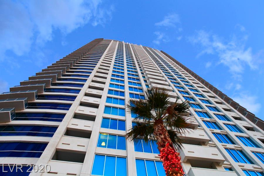 BEST BUY BELOW COMPS AT SKY!!! AWESOME LOCATION ON THE STRIP AND A STEAL AT THIS PRICE!! GUARD GATED DEVELOPMENT W/AWESOME AMENITIES INCLUDING POOL & SPA, 24 HR CONCIERGE & SECURITY, VALET, THEATRE ROOM, RACQUETBALL COURT, FITNESS CENTER!!! PRICED TO SELL QUICKLY!! READY FOR IMMEDIATE POSSESSION. SELLER WILL CONSIDER OWNER CARRY. CALL FOR DETAILS.