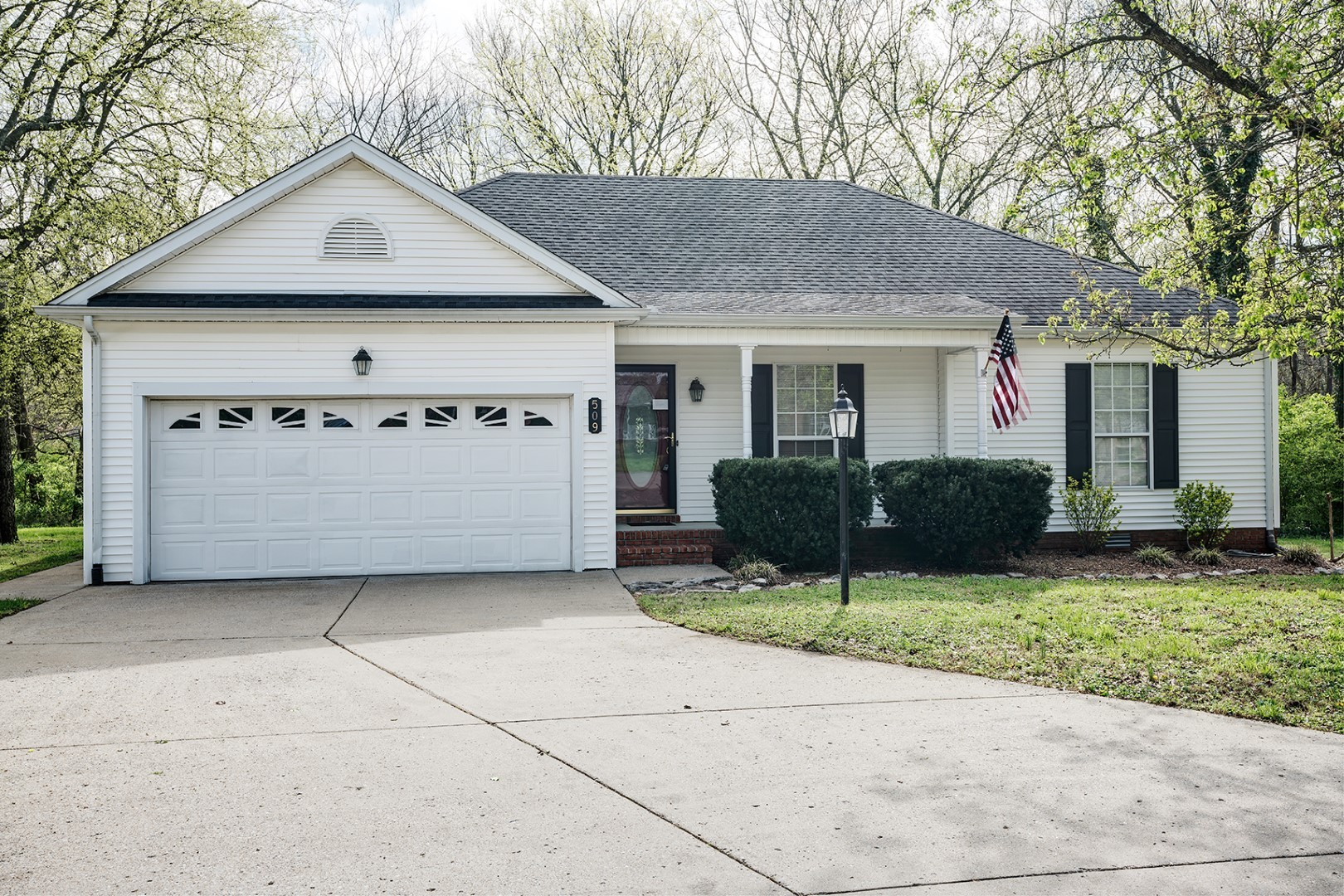 Well maintained home on large treed lot that backs to creek. Newer roof, almost new fence & 14'x14' deck, hot water heater & refrigerator. New carpet. Seller offering 2-10 home warranty with acceptable offer.