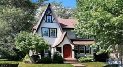 Newer kitchen and bathroom. Lovely Tudor style colonial house. Well maintained all rooms are great condition. Walk distance to train station and bus stops. Great location in core of Oradell.