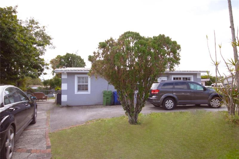 Motivated Sellers!! Looking for quick closing. Seeking ALL INVESTORS!! 3 Bedroom 1 Bath with a bonus room that could be used as a den, play room, or 4th bedroom. Room to create a second bathroom. Very LARGE, FENCED backyard. Pool belongs to tenant. Long term Tenant in place, but home is very easy to show. This area can get between $1800-$2000 in rental value. SOLD AS-IS!