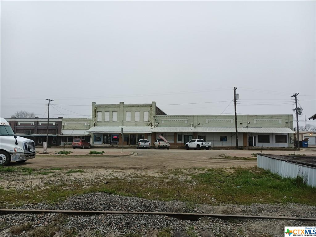 Commercial building for sale. Over 11,000 sq ft of leasable space. Rare opportunity to own a piece of history in Moody, TX. Great lot with excellent traffic and visibility.