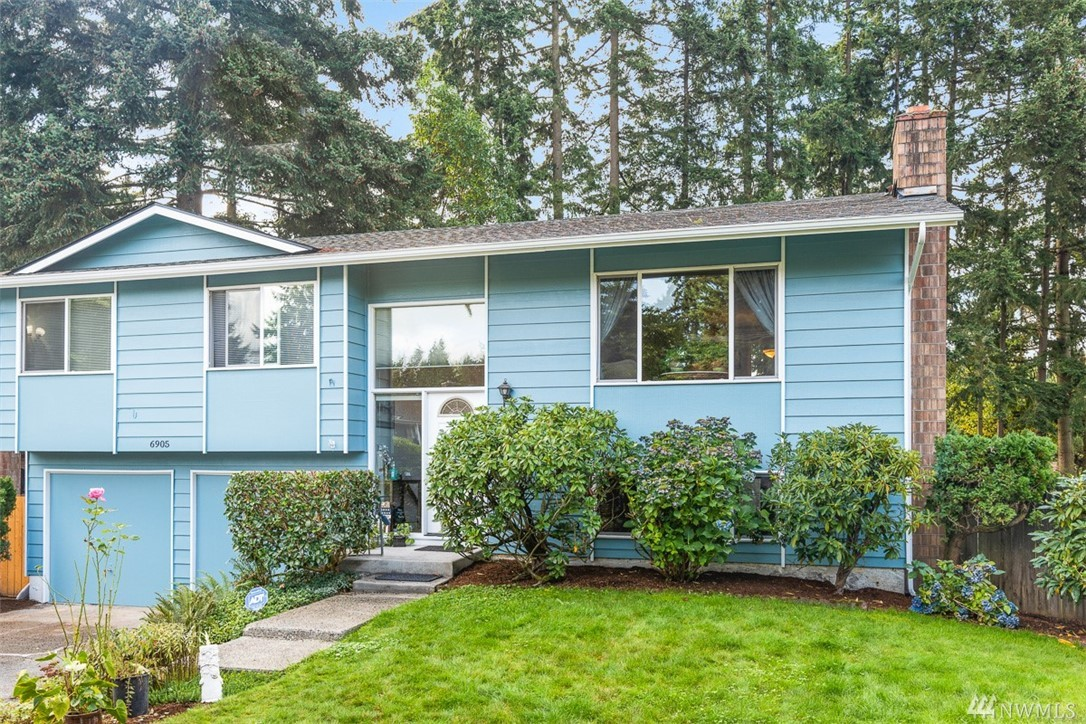 Incredible opportunity to own in Kirkland's Rose Hill neighborhood with additional investment potential! Situated in a quiet cul-de-sac just north of Bridle Trails shopping center, this three-bedroom, 1680 square foot home on large lot is also ready for expansion. Build up to 672 square foot additional dwelling unit with private, permitted access of of 132nd Ave NE. In addition to it's rare investment opportunity you'll find tasteful updates in kitchen and beautiful back yard.  LW Schools.