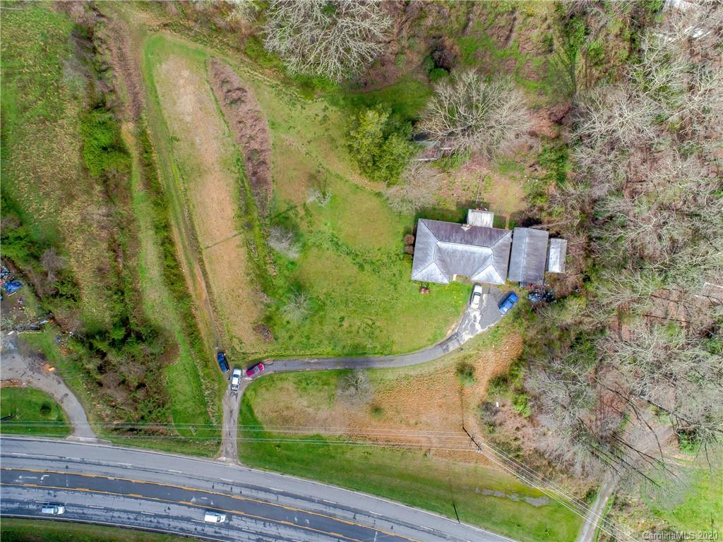 16 Hunnicutt Lane, Brevard, NC 28712