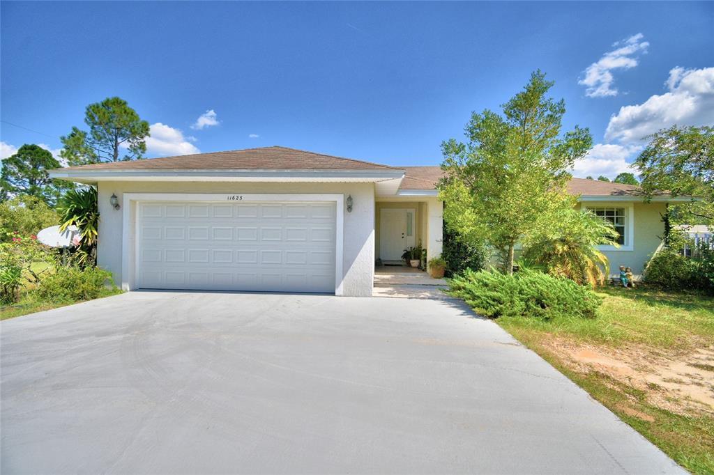 11625 Commonwealth Avenue N, Polk City, FL 33868