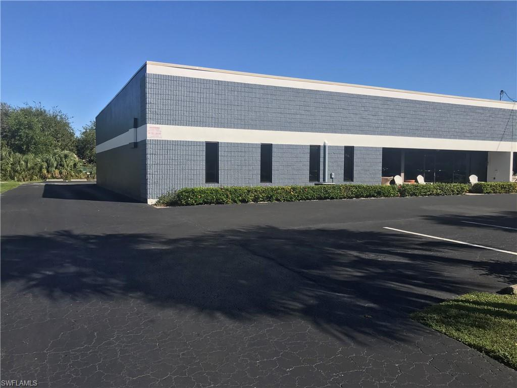 5000 sq feet Industrial Zoning in Corporate Square. Highly visible with over 100' frontage on Corporate Square Blvd. Fully built out and renovated reception area with granite counter tops and spacious waiting room and bathroom for clients. Rear warehouse is fully air conditioned and insulated. Has two 10 foot high bay doors with ceiling heights of 14 feet. Rear work area has separate bathroom and kitchen with flex rooms for break room or meeting spaces. Use back warehouse as air conditioned space or not, tenants choice. Plenty of parking with 18 spaces. Unit has it's own water, sewer, and electric meters. ($16 per square ft. + $2.55 CAM)