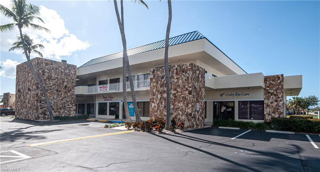 Well located, two-story commercial building. Recently completed extensive renovations (exterior paint, sealed/restriped parking lot, landscape, upgraded exterior lighting to LED, updated interior elevator and new 2nd floor railing). Ample parking. STE 206: 1,357 +/- SF. STE 207: 1,363 +/- SF. Total contiguous space: 2,720 +/- SF.