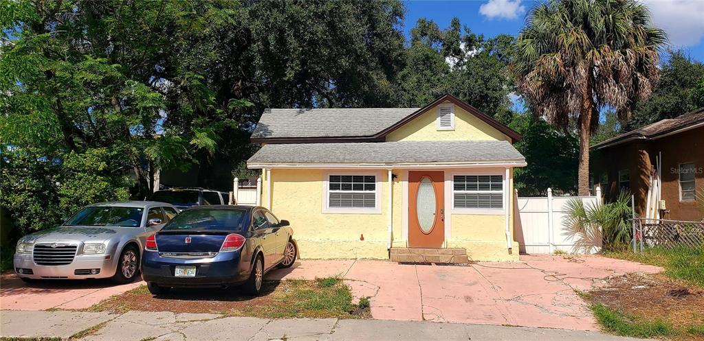2335 W Saint John St Street, Tampa, FL 33607