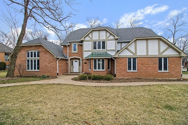 """IMMENSE RENOVATION! 3289SF 4 BEDROOM, 2 1/2 BATH READY FOR NEW OWNERS. WOW! INTERIOR INCLUDES ALL NEW FLOORING, NEW PAINT & CARPETING! BRAND NEW KITCHEN W/32"""" WHITE SHAKER CABINETS, GRANITE C-TOPS, GOOSENECK FAUCET, SS APPLIANCES & PLANNING DESK. VAULTED 23X19 FAMILY ROOM INCLUDES BAR SINK & FLAGSTONE WOODBURNING FIREPLACE. TRANQUIL MASTER BEDROOM HAS WALK-IN CLOSET & GORGEOUS PRIVATE BATH W/ TILE FLOORING, DUAL GRANITE VANITY, SKYLIGHT & SUBWAY TILED SOAKER TUB! BRAND NEW DECK OFF FAMILY ROOM!"""