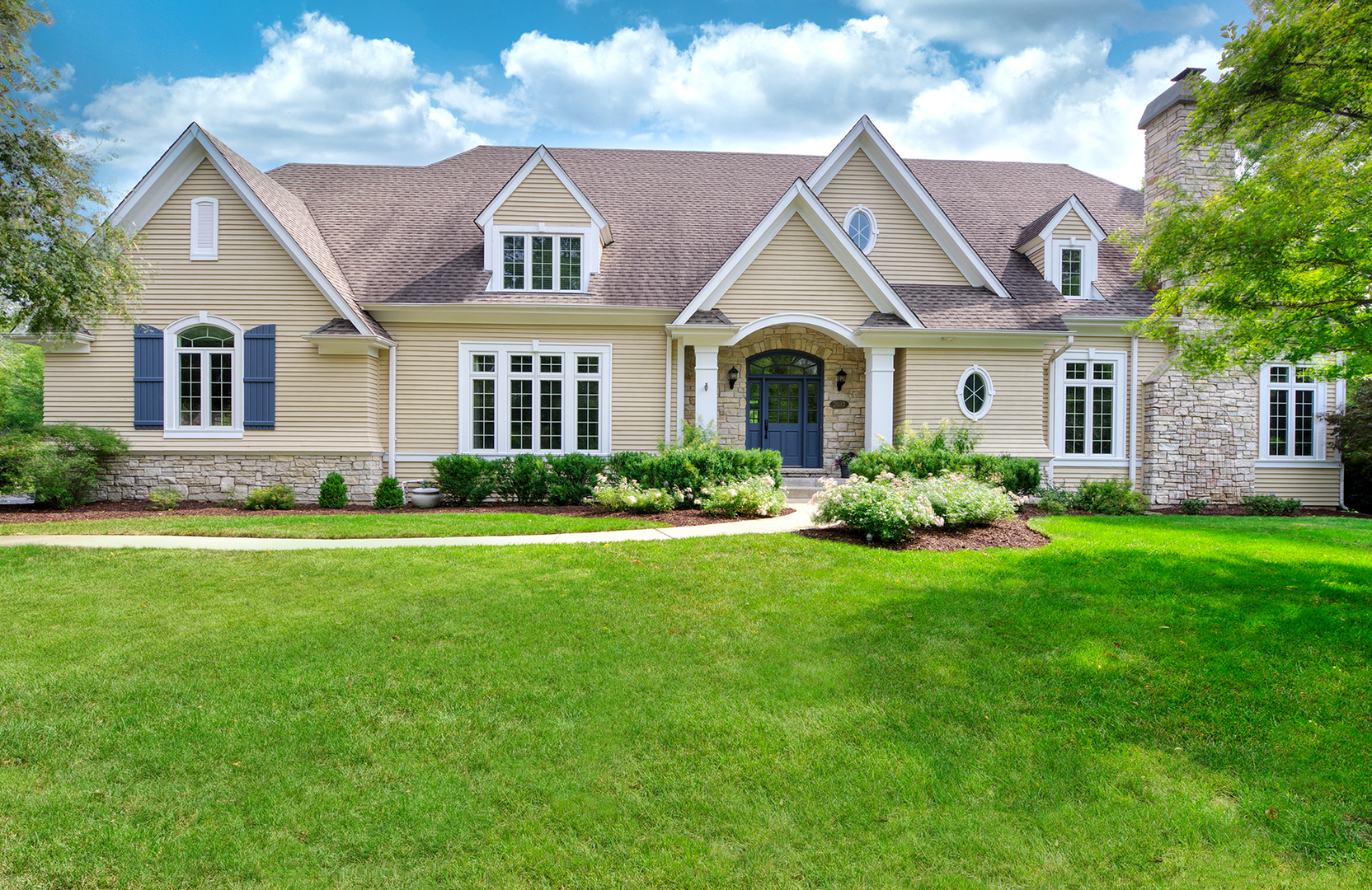 2033 Glen Oak Drive, Glenview, IL 60025
