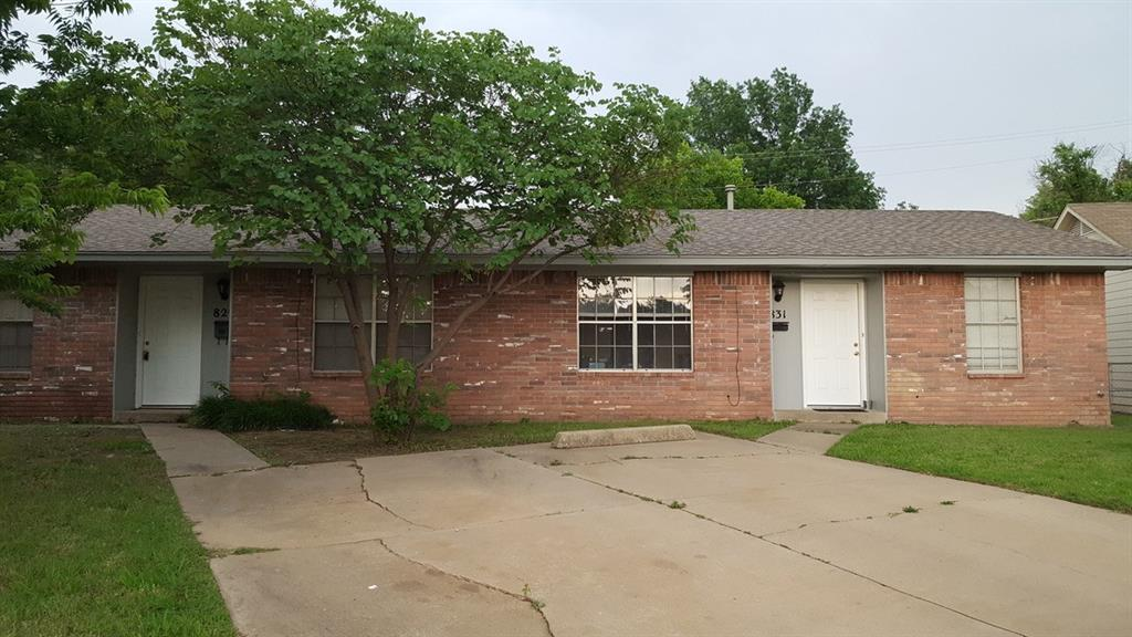 Need a campus house just blocks from OU?   Walk or bike to OU from this all-brick 2 bedroom/1 bath duplex.  Furnished with indoor washer/dryer, dishwasher, disposal, fridge, newer hot water tank, and stove plus parking in front and  rear.  Extensive remodel a few years ago with newer tile, paint, ceiling fans, counter tops, etc.  Bedrooms are spacious.  Rental price includes water/trash.  Owner can take care of yard care for an additional cost.  Close to OU, Lindsey, Hwy 9, 12th St and Porter.  Convenient, convenient, convenient!  Grocery, Wal-Mart, restaurants, OU, and shopping all around the corner.  What a deal!   Sorry, this is a no pets and no smoking rental.