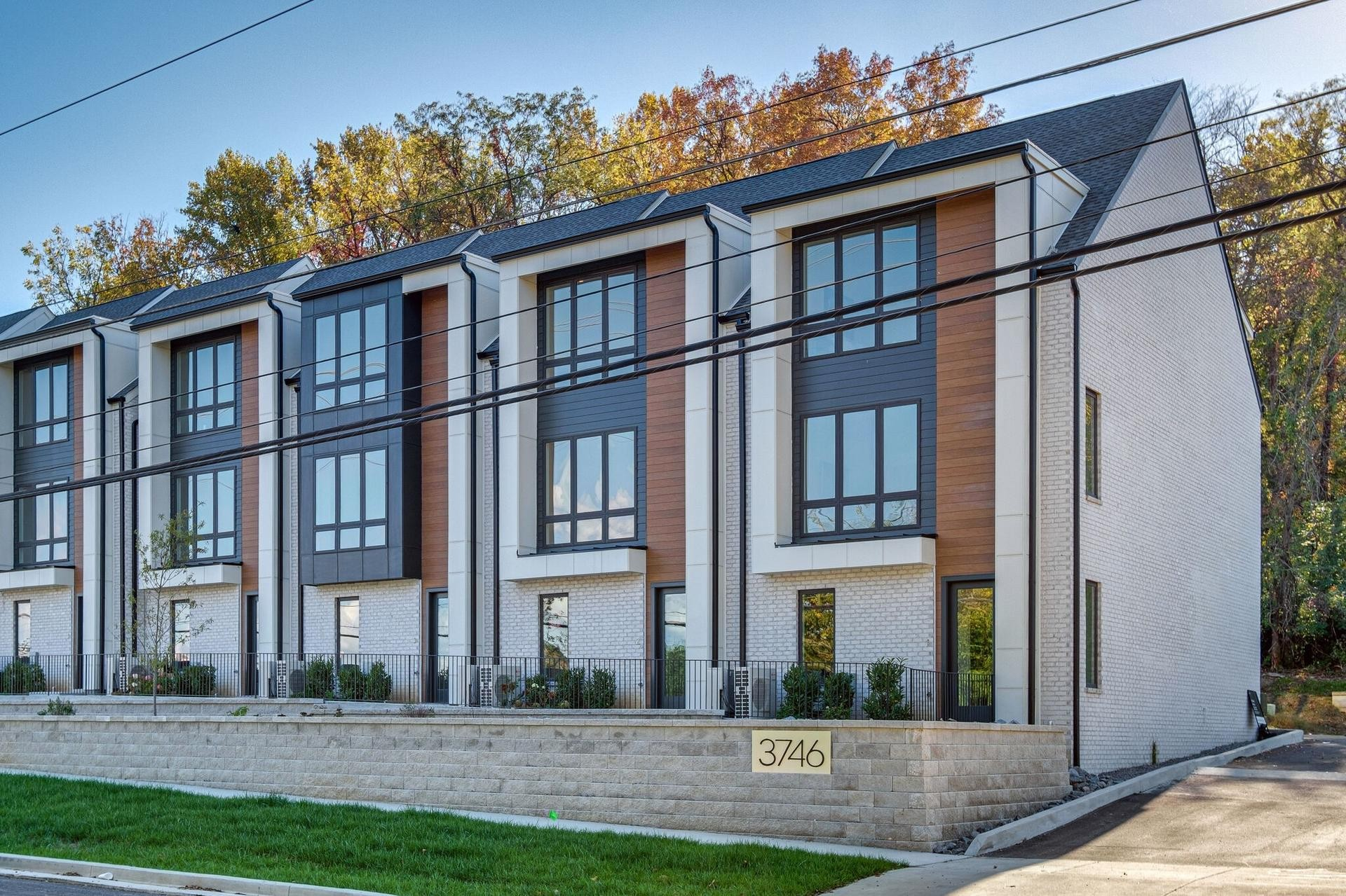 Sold Fully furnished - Zoned MUL (perfect for Non Owner Occupant Short Term Rentals  (airbnb) Huge windows over looking a beautiful police precinct, library and park. 6 minutes from the airport and 12 minutes to downtown! High end finishes and all kitchen appliances.