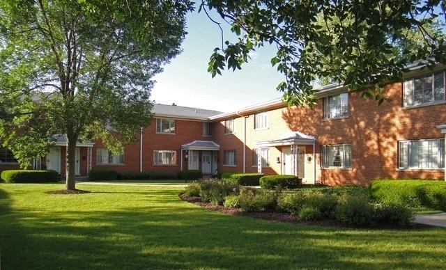 1332 Greenwillow Lane 1, Glenview, IL 60025