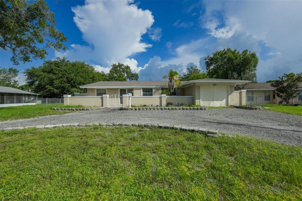 1017 Magellan Drive, Sarasota, FL 34243