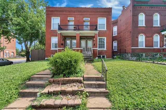 2102 Allen Avenue, St Louis, MO 63104