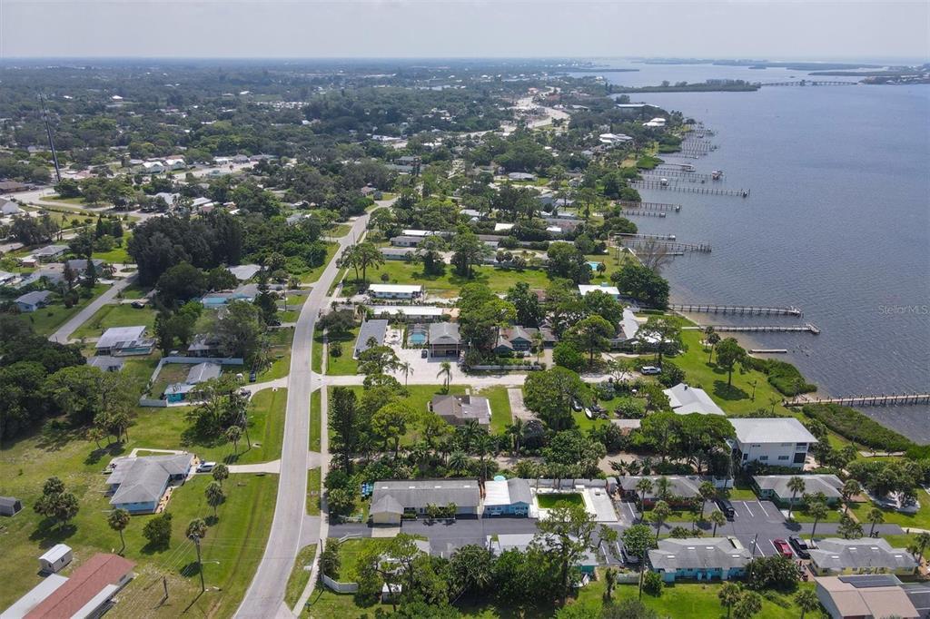 470 S Mccall Road 12, Englewood, FL 34223