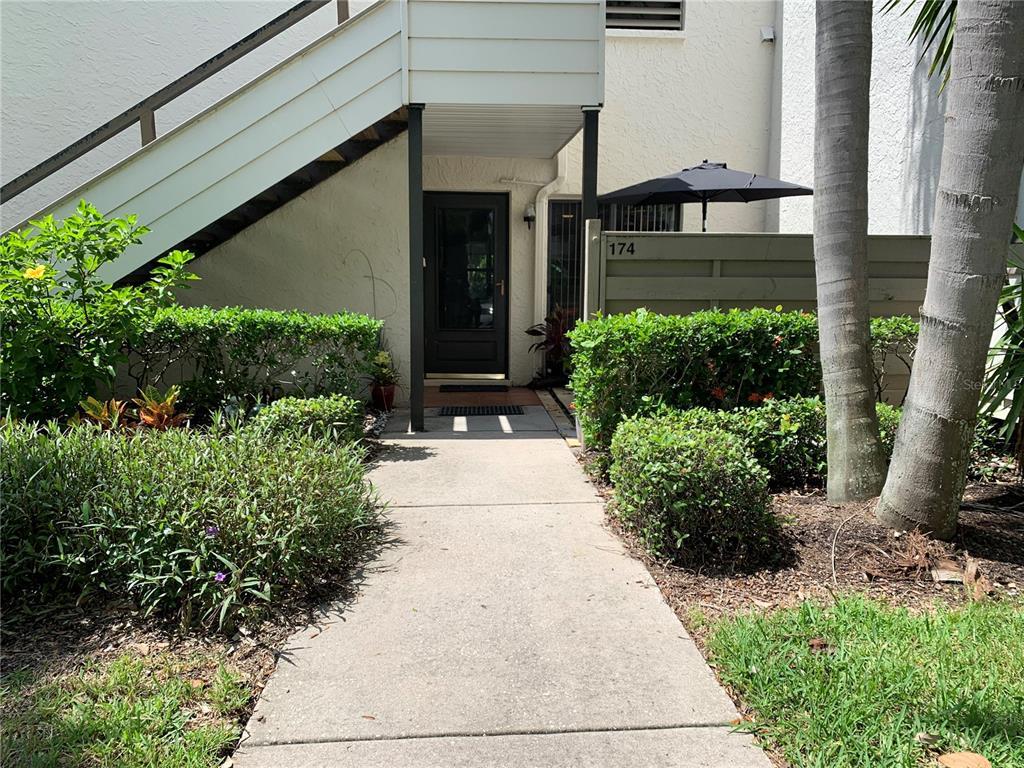 174 Pinehurst Drive, Bradenton, FL 34210