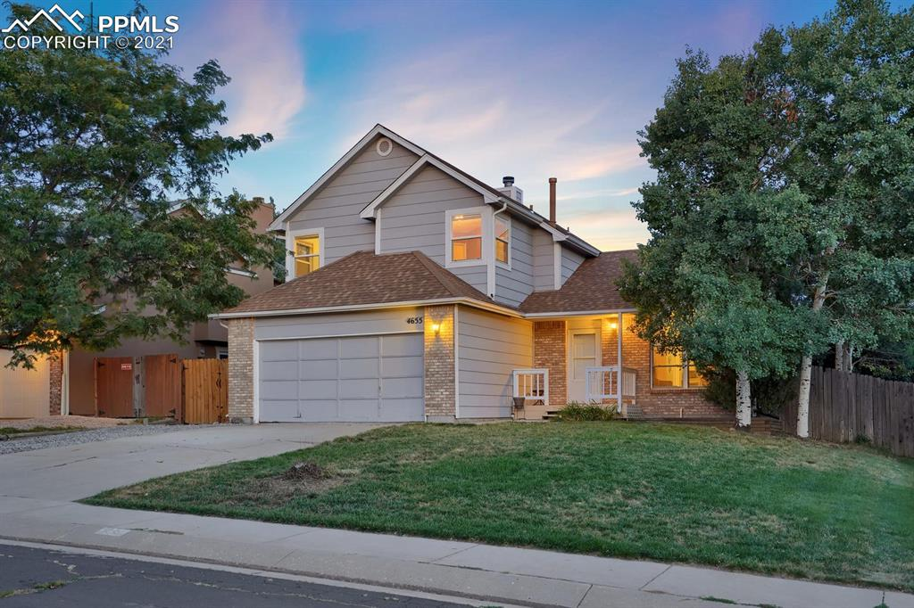 THREE BEDROOMS  * THREE BATHROOMS * LARGE FENCED BACK YARD WITH MATURE LANDSCAPING * WINDOW BLINDS * NEW ROOF IN 2014 * FORMAL DINING AND LIVING ROOMS * ALL THREE BEDROOMS ON ONE FLOOR * MAIN LEVEL HARDWOOD FLOORS * MINUTES AWAY FORM SCHOOLS, SHOPPING AND PARKS * A MUST SEE!