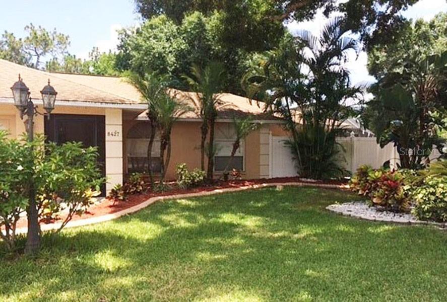 8427 Sylvan Woods Drive, Sarasota, FL 34243