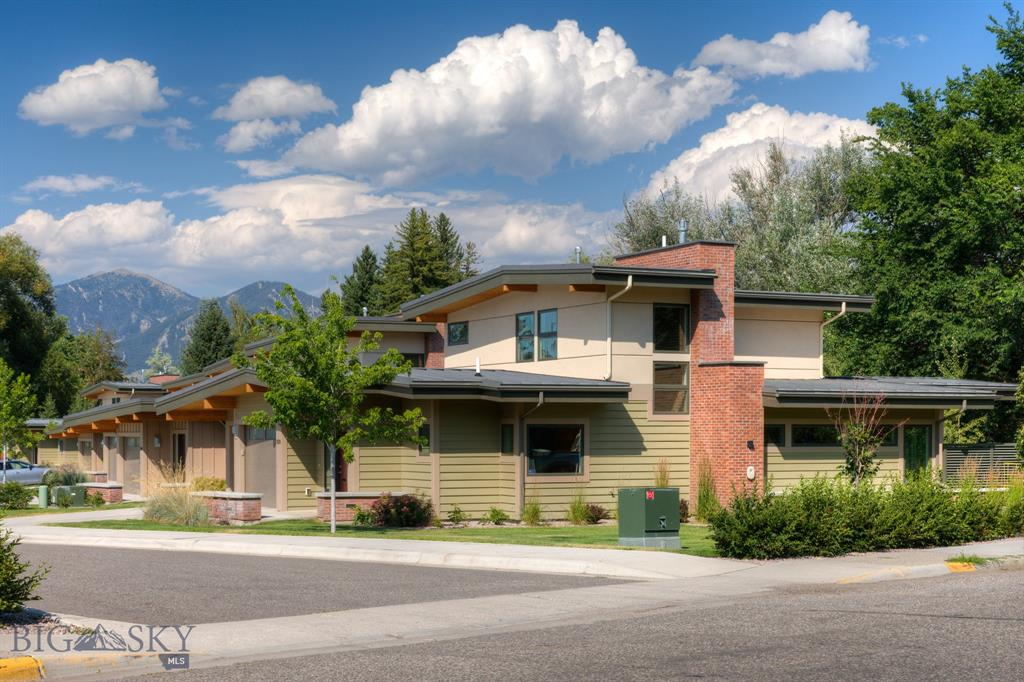 1120 S Tracy Avenue, Bozeman, MT 59715