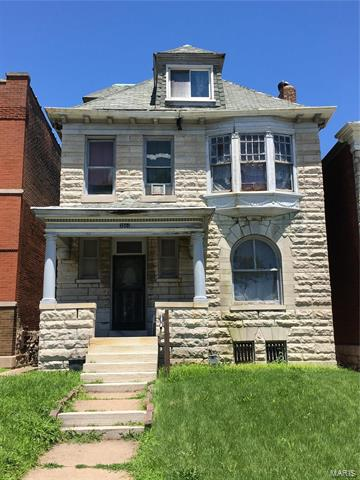 , St Louis, MO 63104
