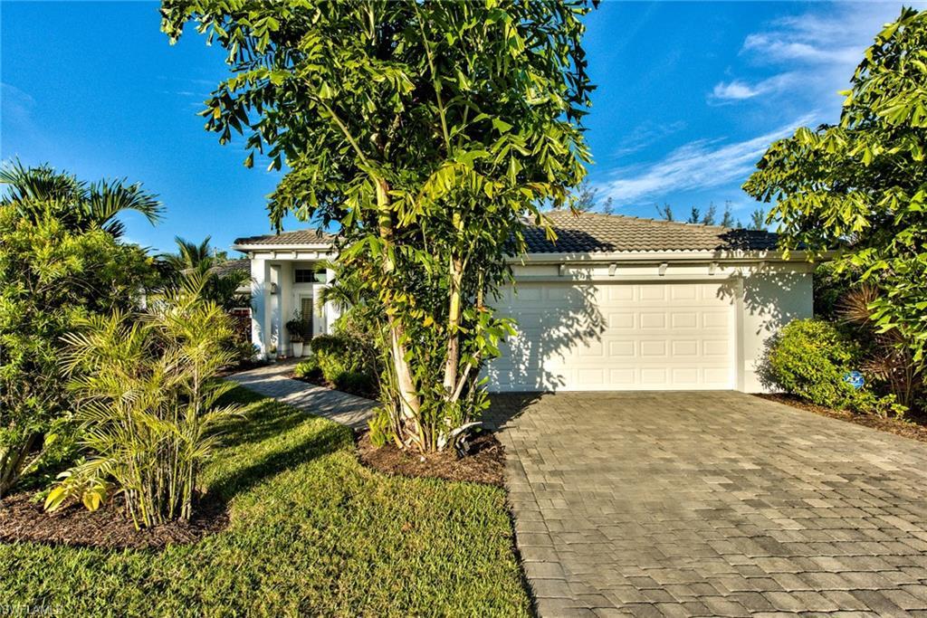 10012 Hidden Pines Ln, Bonita Springs, FL 34135