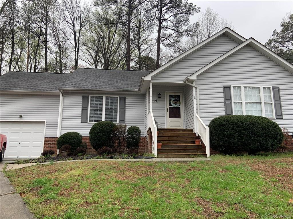 119 E Highland Court, Colonial Heights, VA 23834