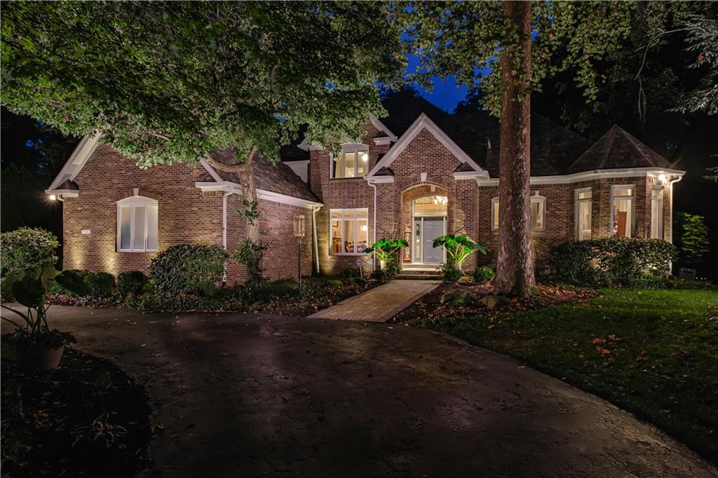 7171 OAK POINT Circle, Noblesville, IN 46062