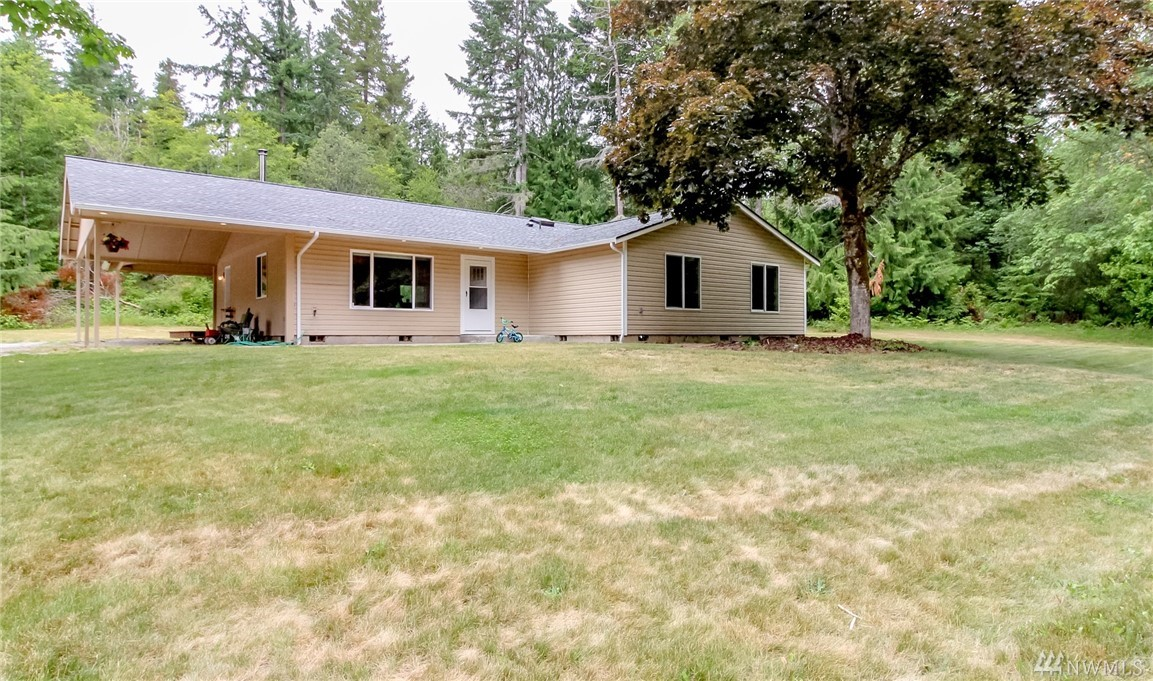 Custom rambler on over 2.5 acres in peaceful & serene Olalla! This 2,112sf home features 3 beds + office, 2.5 baths, open floor plan w/skylights & vaulted ceilings & great outdoor decks/patio & a new roof! Beautiful kitchen w/center island & breakfast bar, master bedroom w/ensuite bath & walk-in closet + access to private deck. Major potential to build a guest house, garage/shop, whatever you desire! Enjoy the view of wooded acreage while being close to city amenities & Southworth Ferry!