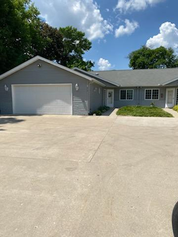 2 BR 2 Bath unit with 1409 square feet on all the main level. Beautiful grounds with gardens that can be viewed from the four season porch. All appliances including the washer & dryer will be included.