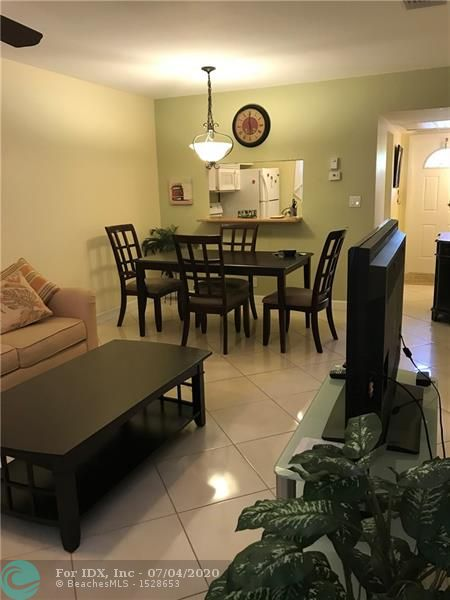 Beautiful remodel turnkey 1 bedroom, 1bath apartment. Tiles all through, Internet include in the condo fee, beautiful peaceful view of water and garden. located in a very active adult community a nice place to call home.