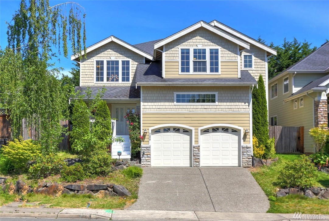 Welcome home to this 5bed/3ba home on Talbot Hill. The gracious covered front porch welcomes you to hardwood floors, vaulted ceilings & an open floor plan. The kitchen boasts SS appliances, granite counters, large island w/seating & planning desk. Fully-fenced yard w/patio. Upstairs, relax in the grand master suite w/5pc ensuite bath & large walk-in closet. 4 add'l bedrooms up. Amazing commuter location w/quick access to freeways, hospital, airport, Renton, Southport, Bellevue business hubs.